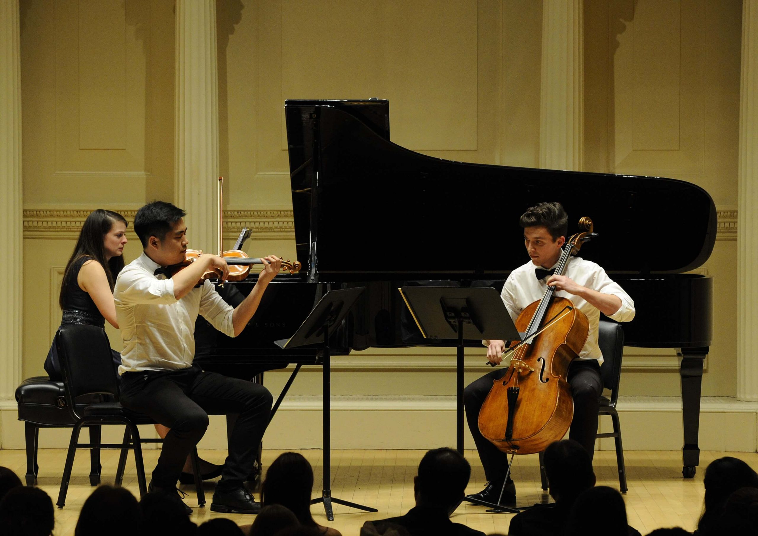 violin-and-strings-performance-grace-music-school